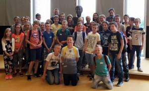 In het kader van de kennismaking met de Gouverneur, bracht Jan zijn groep 7-8 mee naar Maastricht.